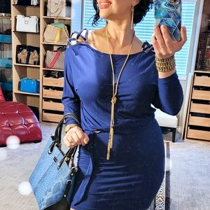 Cache gorgeous blue dress with scrappy shoulders